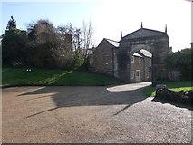 SK8608 : The castle gateway: Oakham by Chris Gunns