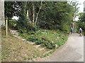 TQ5042 : Public footpath near Chiddingstone Hoath by Malc McDonald