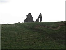 NT2839 : Remains of Horsbrugh Castle by Les Hull