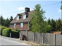 TQ6143 : Cottage, Pembury Rd by N Chadwick