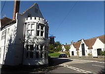 TR0753 : The Woolpack Inn, Chilham by pam fray