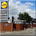 ST5871 : Lidl supermarket, Sheene Road, Bedminster, Bristol by Jaggery