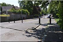 TQ5941 : Barriers, Oak Rd by N Chadwick