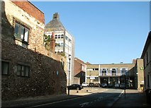 TG5207 : Great Yarmouth's Rows - Row 106 (Town House Row) by Evelyn Simak