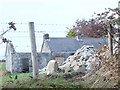 J2532 : Derelict homestead on Kinghill Road by Eric Jones
