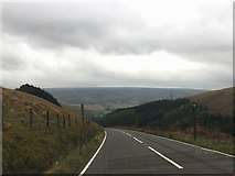 SE0901 : Descending Woodhead Road by Graham Hogg