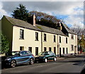ST3390 : Row of houses, High Street, Caerleon by Jaggery