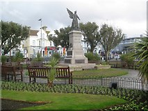 TM1714 : Clacton-on-Sea: The War Memorial by Nigel Cox