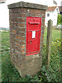 TL8823 : East Gores Victorian Postbox by Geographer