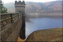 SK1789 : Derwent Dam by Stephen McKay
