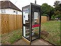 SU6178 : KX100 Telephone Box in Lower Basildon by David Hillas