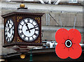 NS5865 : Poppy time at Glasgow Central by Thomas Nugent