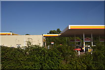 ST0207 : Shell filling station, Cullompton Services by N Chadwick