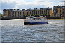 TQ3680 : Rotherhithe to Canary Wharf Pier Ferry by N Chadwick
