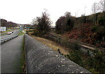 ST1599 : Wall between road and railway, Bargoed by Jaggery