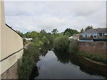 SO5012 : The River Monnow above Monnow Bridge by Jonathan Thacker