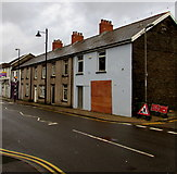 ST1195 : Boarded-up premises, Commercial Street, Nelson by Jaggery