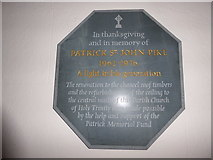 TQ0165 : Holy Trinity, Lyne: memorial (1) by Basher Eyre