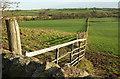 SE2349 : Fence near Beckbottom Farm by Derek Harper