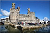 SH4762 : Caernarfon Castle from the West by Jeff Buck