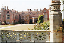 SP2556 : Charlecote Manor by Malcolm Neal