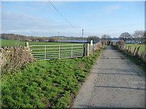 SE2824 : Permissive footpath to Ardsley reservoir by Christine Johnstone