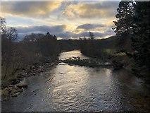 NO2694 : River Dee, Crathie by David Robinson