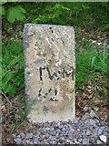 NH6140 : Old Milestone by Milestone Society