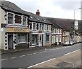 ST0696 : Winkys corner shop, Tyntetown by Jaggery