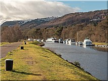 NH6140 : The Caledonian Canal at Dochgarroch by valenta