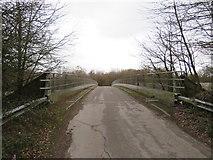 TQ2352 : Bridge over the M25 near Reigate by Malc McDonald