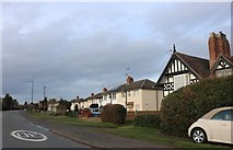SP2854 : Kineton Road, Wellesbourne by David Howard
