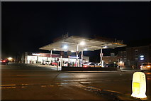 SO8962 : Sainsbury's petrol station on Worcester Road, Droitwich by David Howard