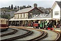 SH5738 : Going around the bend at Porthmadog by Richard Hoare