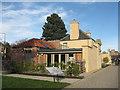NT2475 : The Botanic Cottage by M J Richardson