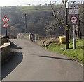 SO0901 : Weak bridge/Pont Wan, Bedlinog by Jaggery