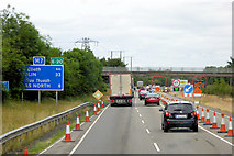 N8619 : Roadworks on the M7 north of Junction 10 by David Dixon