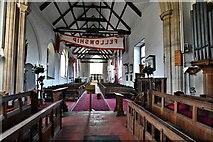 TM5286 : Kessingland, St. Edmund's Church: The nave by Michael Garlick