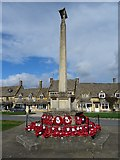 SP0937 : Broadway war memorial by Philip Halling