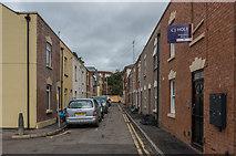 SO8318 : Newland Street by Ian Capper