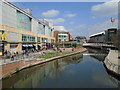 SU7173 : Kennet & Avon Canal by The Oracle, Reading by Paul Gillett