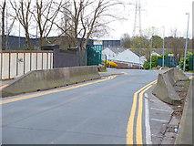 SD7602 : Holloway Drive, Wardley by Gary Rogers