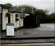 ST3090 : Kitchen Open Today notice, Three Horseshoes, Pillmawr Road, Malpas, Newport by Jaggery