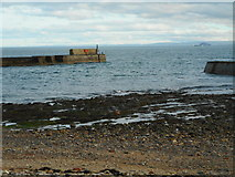 NO5201 : End of the East Breakwater Extension, St Monans by Richard Sutcliffe