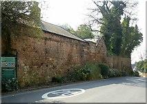 SK5639 : Boundary wall to the Castle Gardens along Lenton Road by Alan Murray-Rust