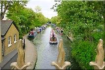 TQ2681 : Warwick Avenue / Little Venice by Ibn Musa