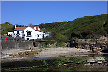 TA0390 : Scalby Mills footbridge by Robert Eva