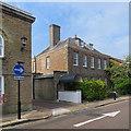 SZ4989 : Newport: a fine house on Crocker Street by John Sutton