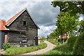 TM2858 : Barn at Old Hall, Letheringham by Simon Mortimer