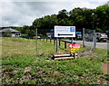 SN5848 : Neuadd Y Deyrnas/Kingdom Hall direction sign, Lampeter by Jaggery